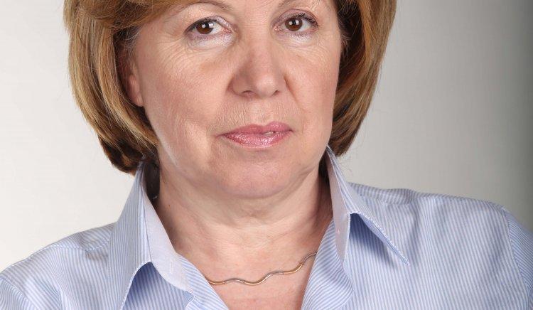 """Светла Бъчварова: Важно е на този етап в ДФ """"Земеделие"""" е да се подпишат договорите за проекти и да се стартират държавните помощи"""